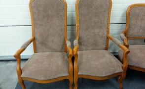 Kėdės su paminkštinimu